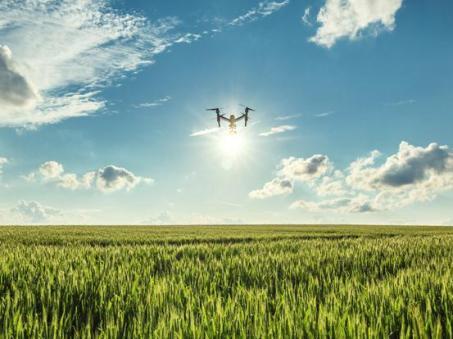 sejarah drone dalam peradaban manusia