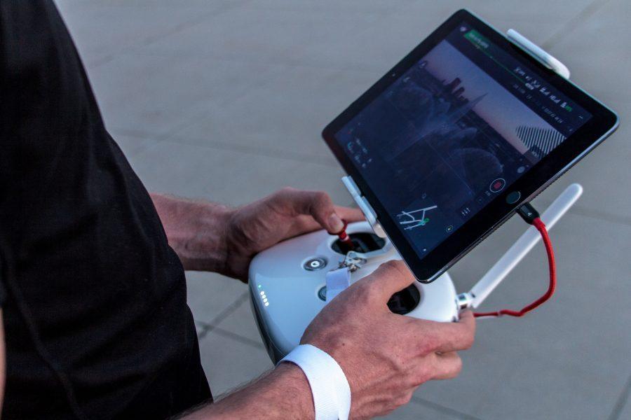 Belajar Cara Menerbangkan Drone dalam LOS dan FPV