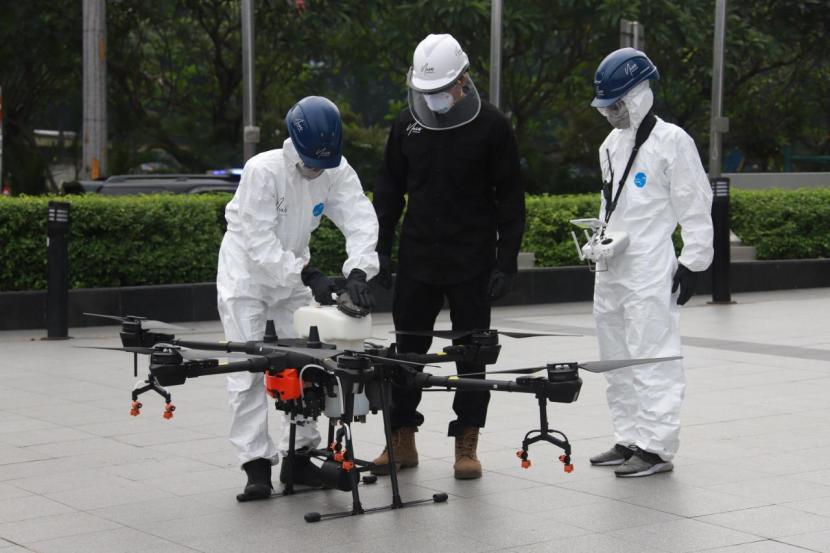 (Penerbangan drone untuk keperluan umum yang membutuhkan sertifikasi pilot drone / Gambar : siar.com)