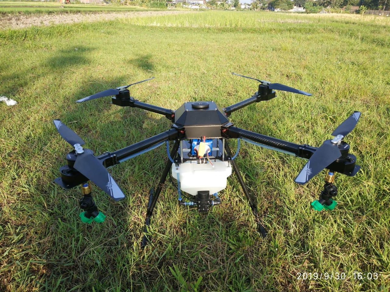 Drone Pertanian Ferto 15 FDS (sumber : Fulldronesolutions.com)